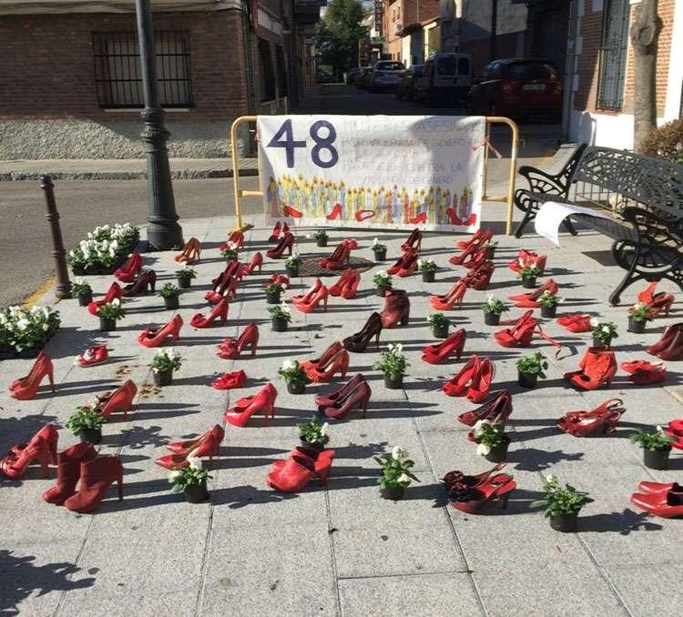 PARACUELLOS CONMEMORA EL DÍA INTERNACIONAL PARA ELIMINAR LA VIOLENCIA DE GÉNERO